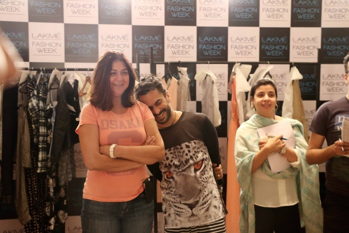 Stylist Aki Narula and Lubna enjoy a light moment