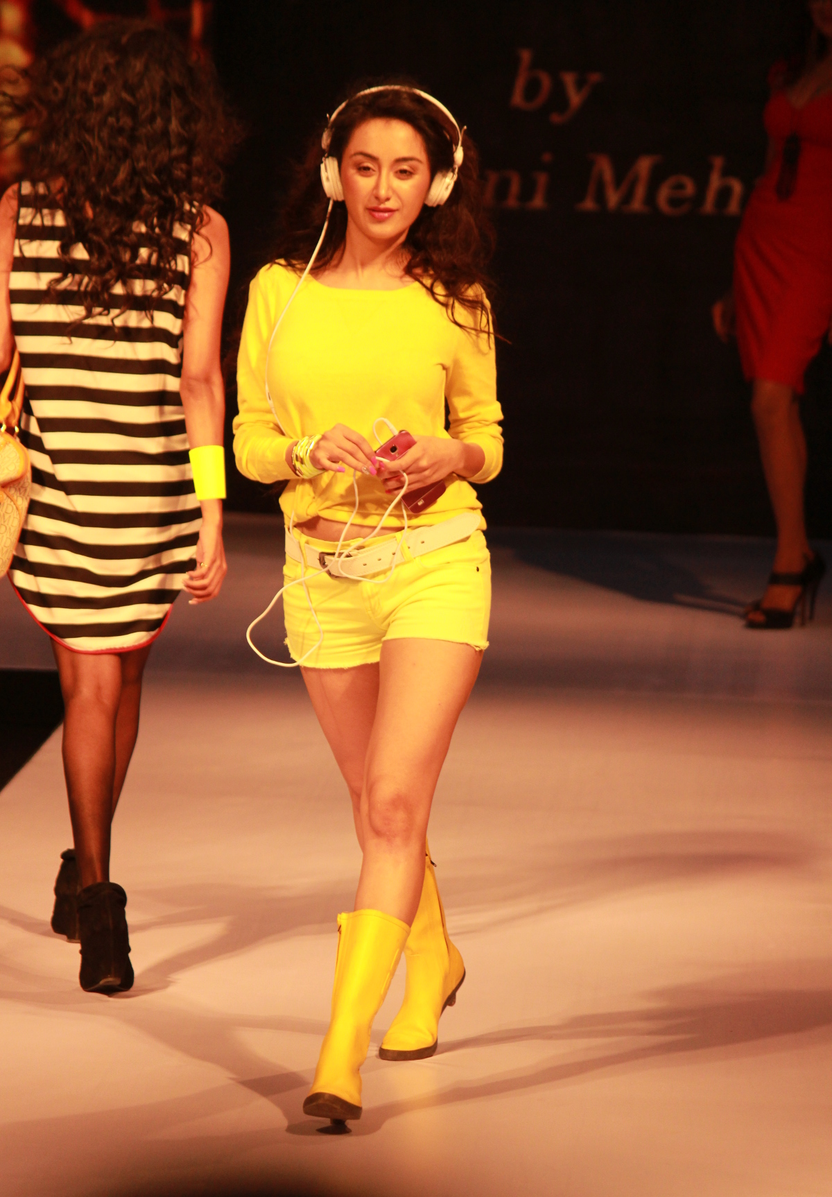 Street Style by Fashion Stylist & Personal Stylist Shalini Mehta at Madame Style Week 2014