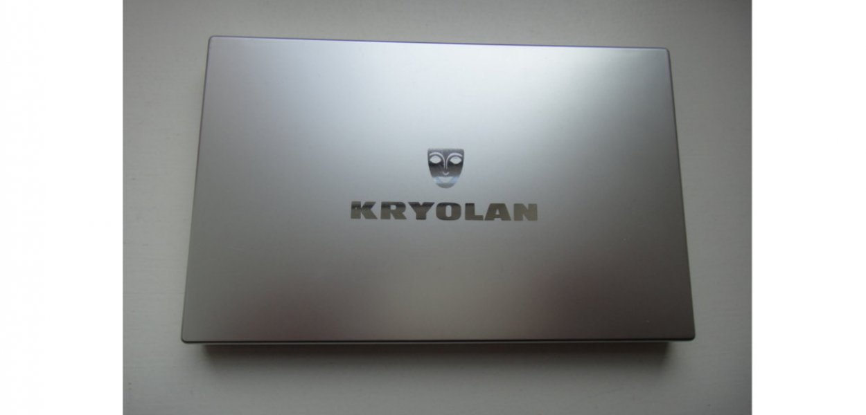 Kryolan Eyeshadow Compact 18 V3 (Natural) review